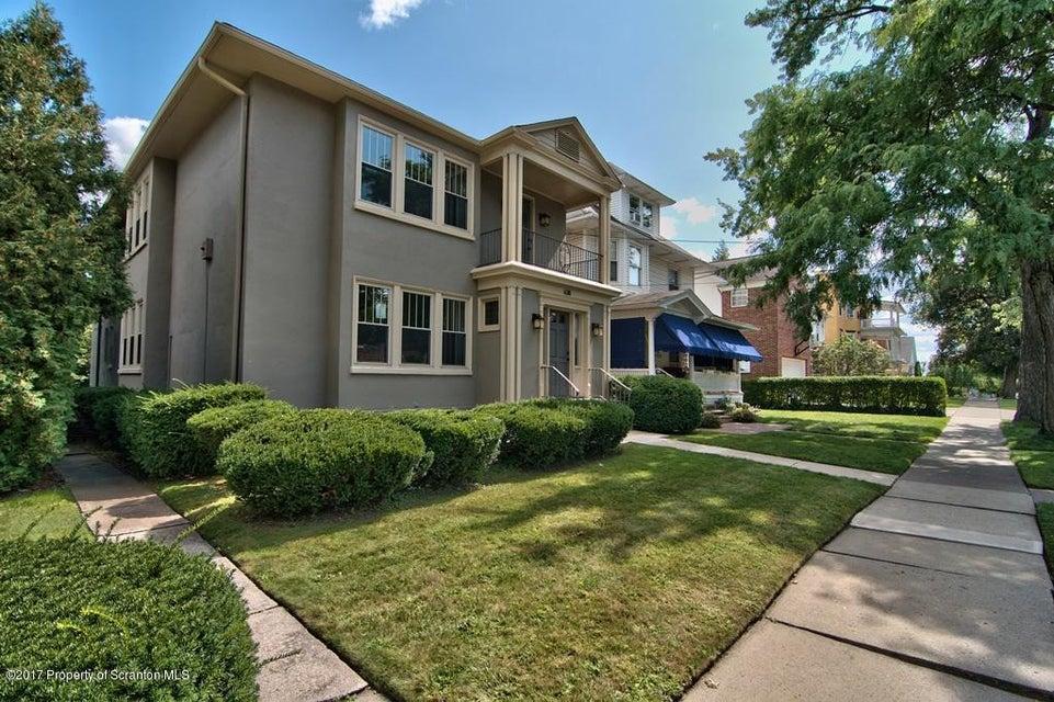 638 Taylor Ave,Scranton,Pennsylvania 18510,3 Bedrooms Bedrooms,7 Rooms Rooms,2 BathroomsBathrooms,Residential lease,Taylor,18-861