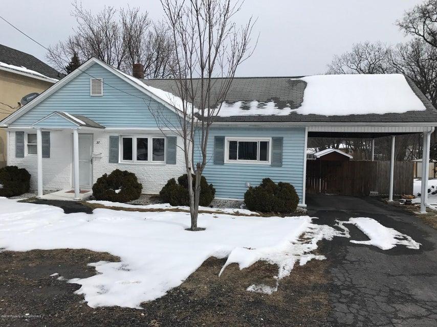 37 Snook St,Scranton,Pennsylvania 18505,2 Bedrooms Bedrooms,5 Rooms Rooms,Residential,Snook,18-922