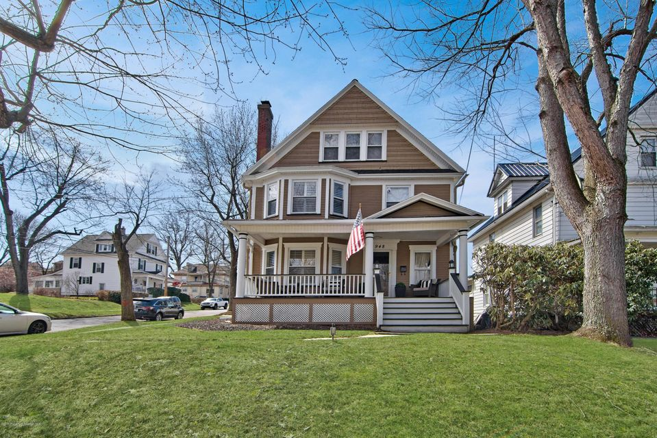 948 Woodlawn St,Scranton,Pennsylvania 18509,4 Bedrooms Bedrooms,8 Rooms Rooms,2 BathroomsBathrooms,Residential,Woodlawn,18-936