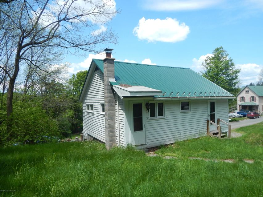 53 PICKETT ST,Montrose,Pennsylvania 18801,2 Bedrooms Bedrooms,4 Rooms Rooms,1 BathroomBathrooms,Residential lease,PICKETT,18-985