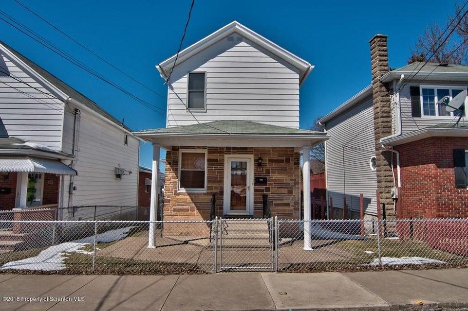 115 Reeves St,Dunmore,Pennsylvania 18512,3 Bedrooms Bedrooms,5 Rooms Rooms,1 BathroomBathrooms,Residential,Reeves,18-1023