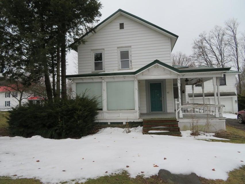 62 Maple Street,New Milford,Pennsylvania 18834,3 Bedrooms Bedrooms,7 Rooms Rooms,1 BathroomBathrooms,Residential,Maple,18-1181