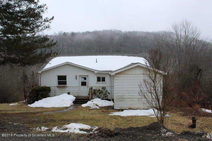 670 Cosmello Road New Milford,Pennsylvania 18834,4 Bedrooms Bedrooms,6 Rooms Rooms,1 BathroomBathrooms,Residential,Cosmello Road,18-1206