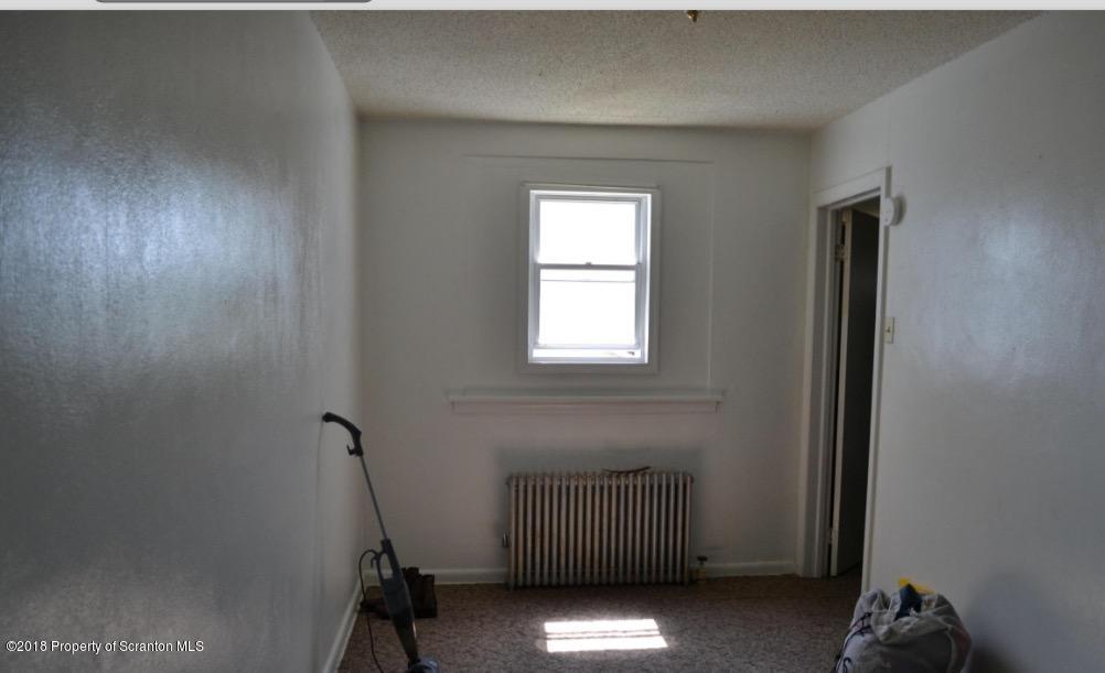 901 Sumner Ave,Scranton,Pennsylvania 18504,1 Bedroom Bedrooms,3 Rooms Rooms,1 BathroomBathrooms,Residential lease,Sumner,18-1236