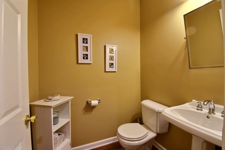 1103 Tennyson Close Moosic,Pennsylvania 18507,3 Bedrooms Bedrooms,8 Rooms Rooms,3 BathroomsBathrooms,Residential,Tennyson Close,18-1287