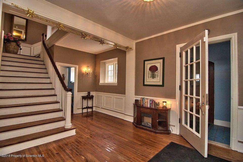502 Waverly Ave,Clarks Summit,Pennsylvania 18411,7 Bedrooms Bedrooms,14 Rooms Rooms,3 BathroomsBathrooms,Residential,Waverly,18-1433