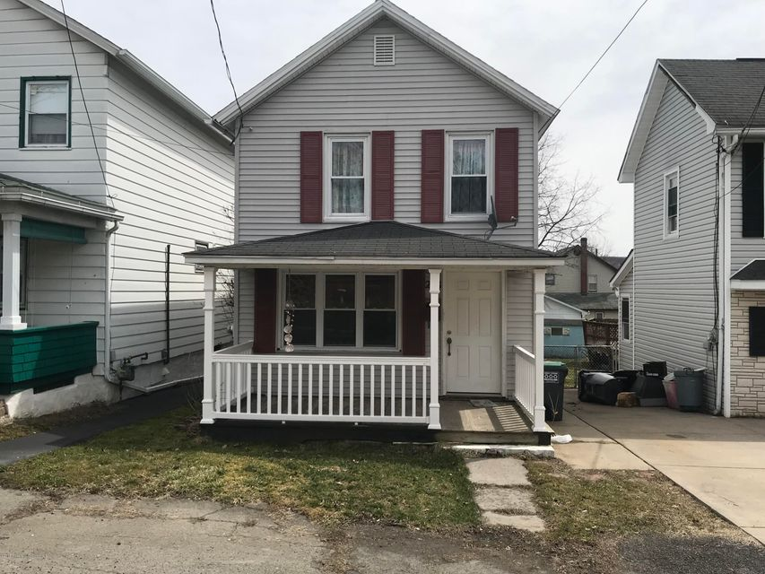 208 Whitmore Ave,Mayfield,Pennsylvania 18433,3 Bedrooms Bedrooms,7 Rooms Rooms,1 BathroomBathrooms,Residential,Whitmore,18-1412