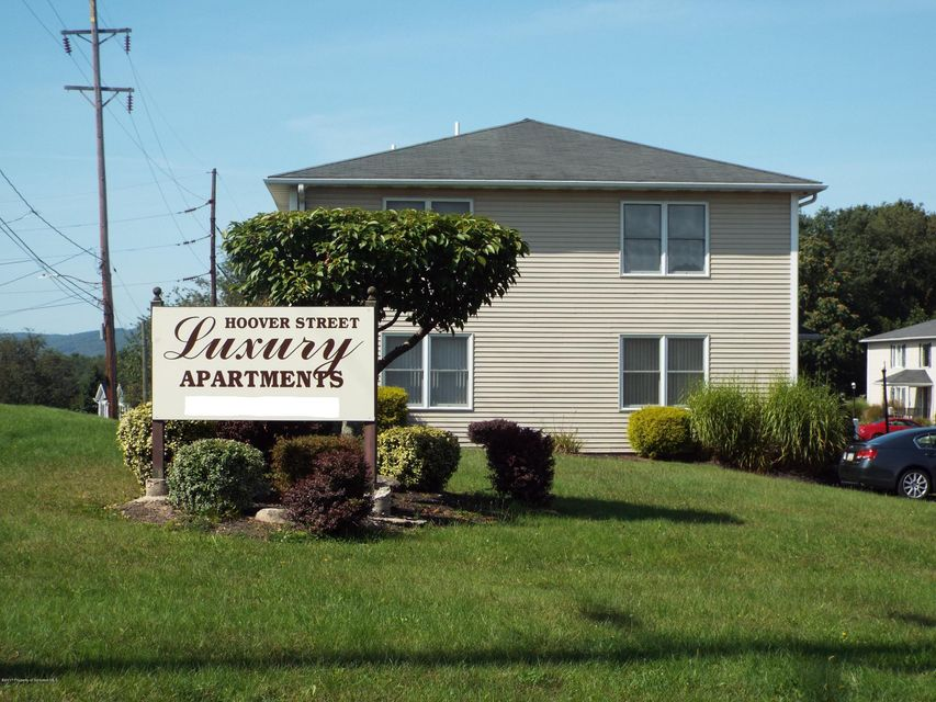 231 Hoover Street,Old Forge,Pennsylvania 18518,2 Bedrooms Bedrooms,4 Rooms Rooms,2 BathroomsBathrooms,Residential lease,Hoover,18-1558