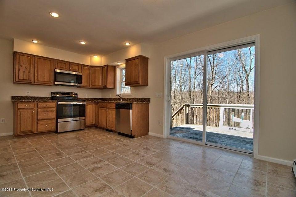104 Overlook Ln,Moscow,Pennsylvania 18444,4 Bedrooms Bedrooms,9 Rooms Rooms,3 BathroomsBathrooms,Residential,Overlook,18-1666
