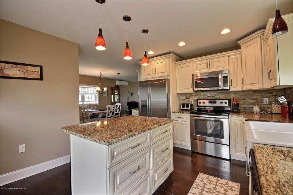1306 Loomis Ave,Taylor,Pennsylvania 18517,3 Bedrooms Bedrooms,5 Rooms Rooms,1 BathroomBathrooms,Residential,Loomis,18-2046