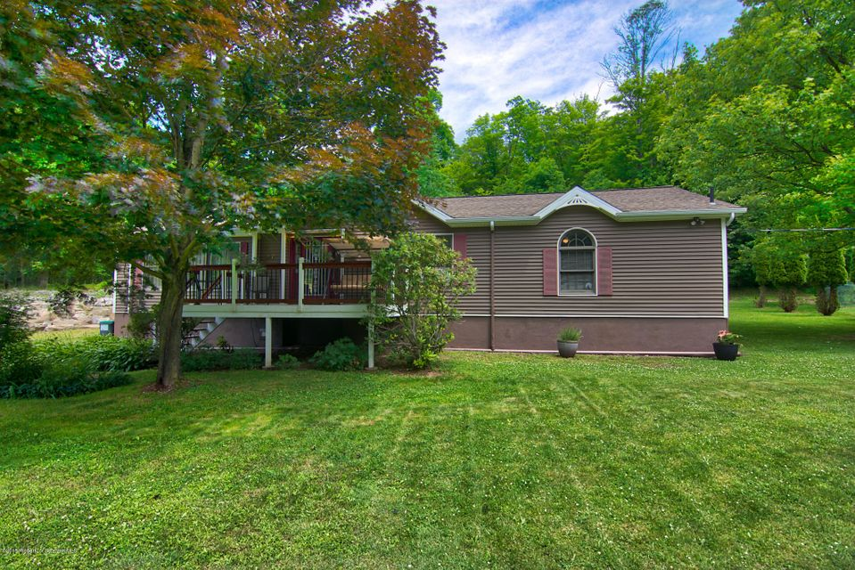 47 Primrose Dr,Spring Brook Twp,Pennsylvania 18444,3 Bedrooms Bedrooms,8 Rooms Rooms,2 BathroomsBathrooms,Residential,Primrose,18-2904