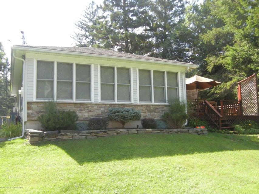 107 West St,Elmhurst,Pennsylvania 18444,2 Bedrooms Bedrooms,5 Rooms Rooms,1 BathroomBathrooms,Residential lease,West,18-3205