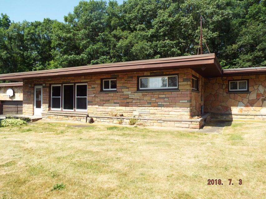 701 Newton Rd,Scranton,Pennsylvania 18504,4 Bedrooms Bedrooms,7 Rooms Rooms,1 BathroomBathrooms,Residential,Newton,18-3537