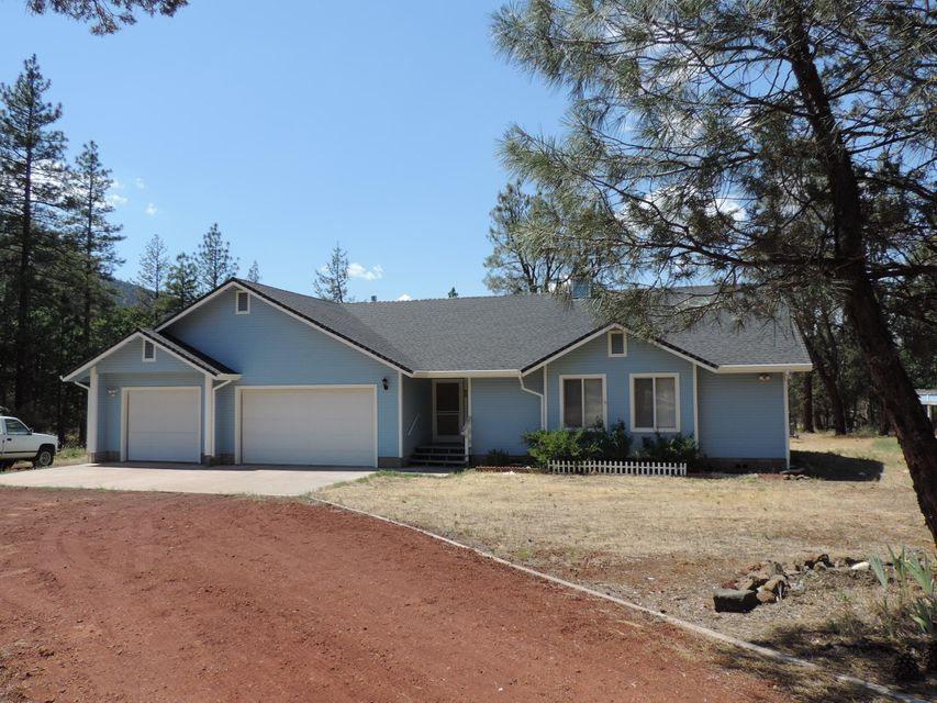 43098 Shoshoni Loop, Fall River Mills, CA 96028