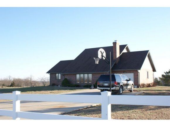 421  Us Hwy 65 Walnut Shade, MO 65771