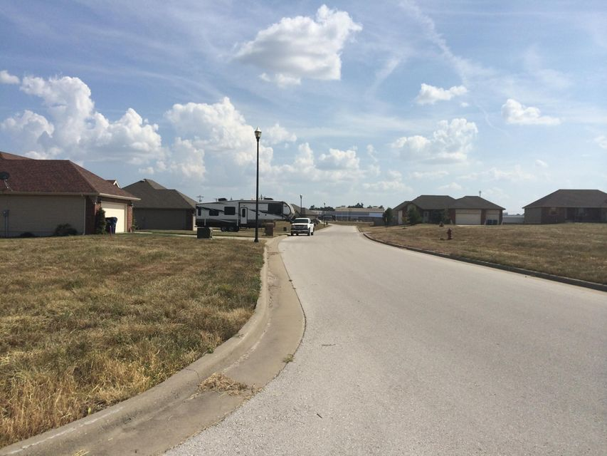 Kings Gate Subdivision Clever, MO 65631