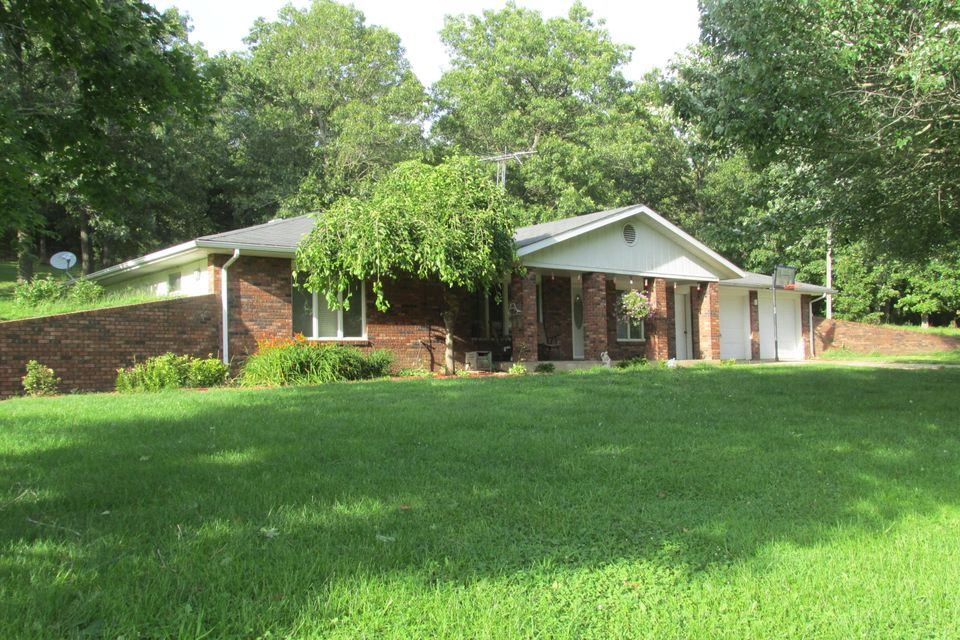 781  State Road M Conway, MO 65632
