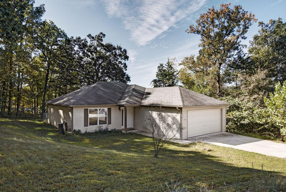 1018  Homestead Road Merriam Woods, MO 65740