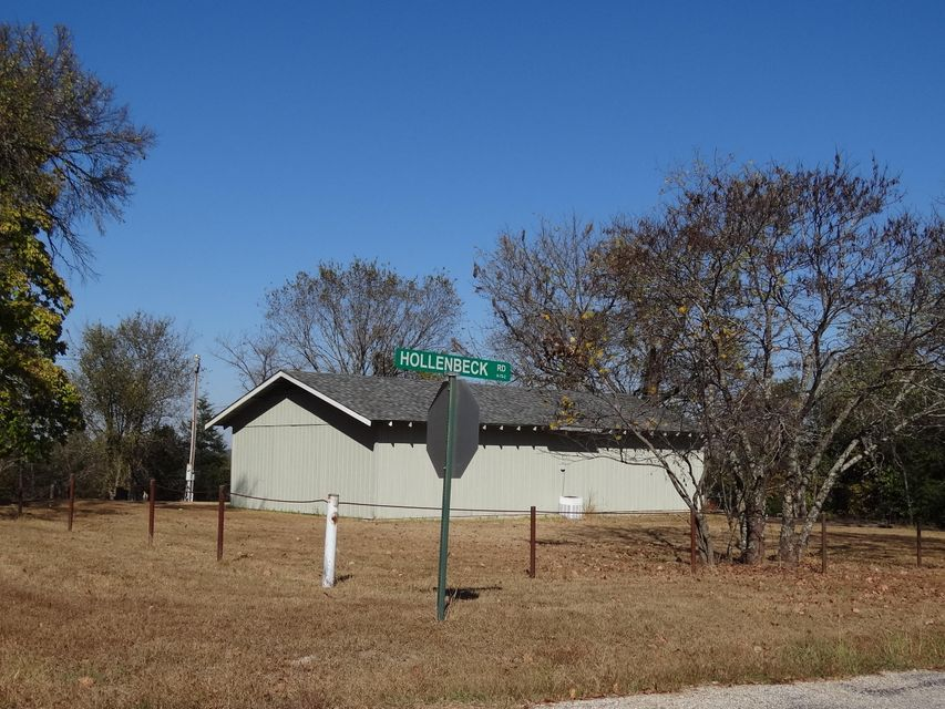 Hendrickson School Road Shell Knob, MO 65747