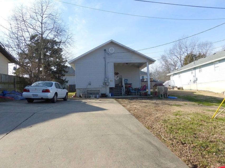 271  Beard Avenue Hollister, MO 65672