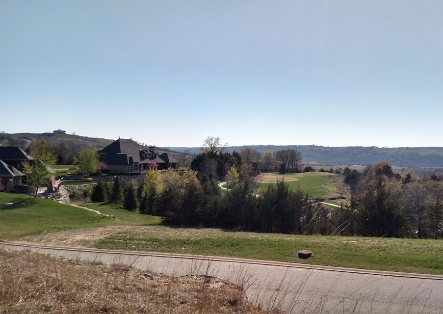 Golf Club Drive Hollister, MO 65672