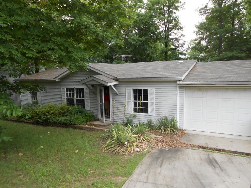 5012  Walnut Drive Merriam Woods, MO 65740