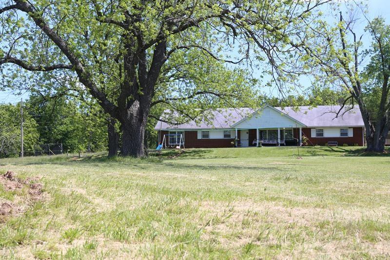 383  Dayspring Farm Lane Gainesville, MO 65655