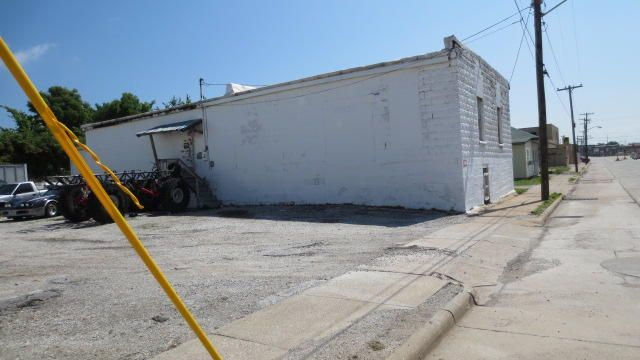 823 West Commercial Street Springfield, MO 65803