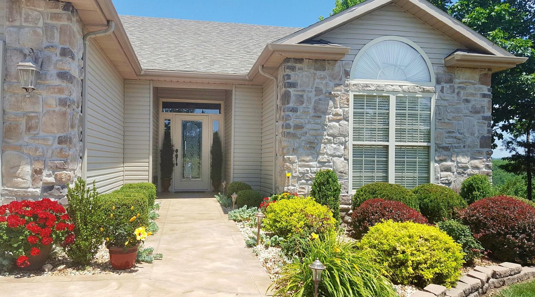 1721  Cedar Ridge Way Branson West, MO 65737
