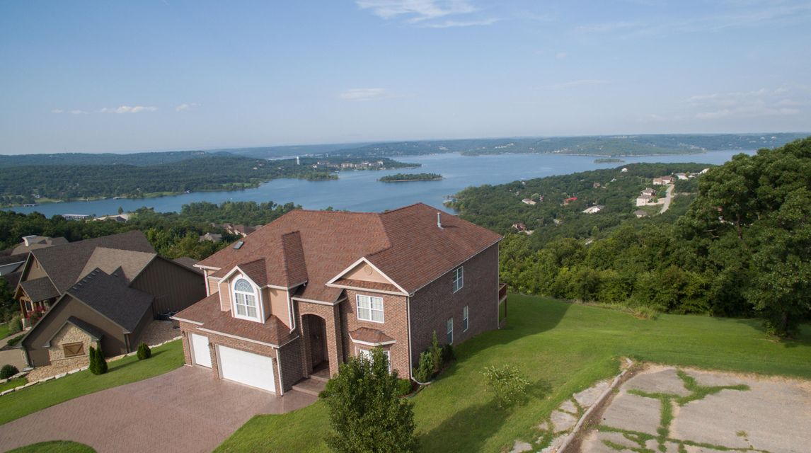 150 Crescent Drive, Hollister, MO 65672