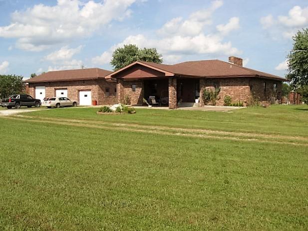2534 Selmore Road, Ozark, MO 65721