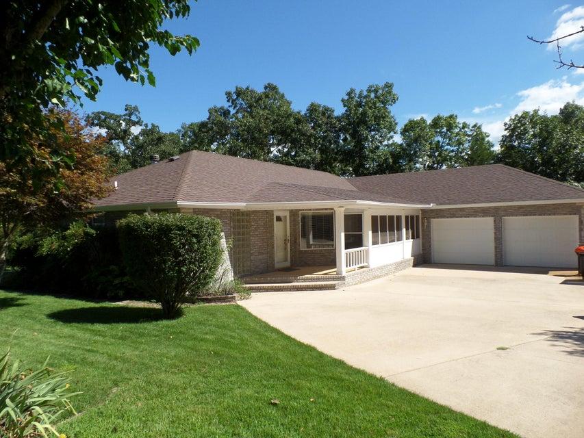 735  Edgewater Estates Kimberling City, MO 65686