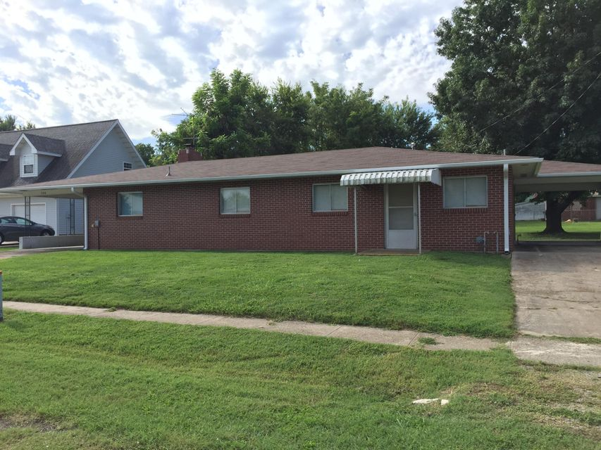 206 West Washington Street Marionville, MO 65705
