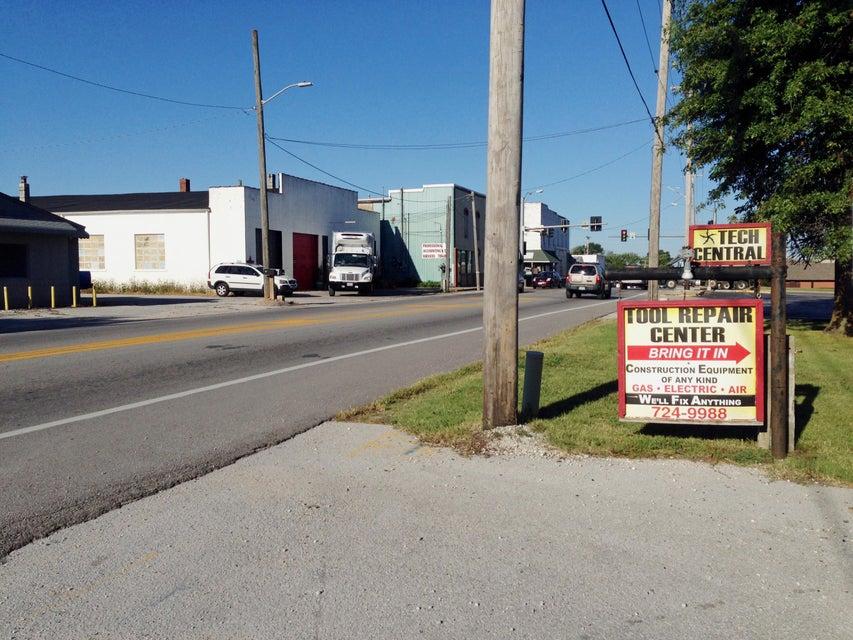 107 East Mt. Vernon Street Nixa, MO 65714
