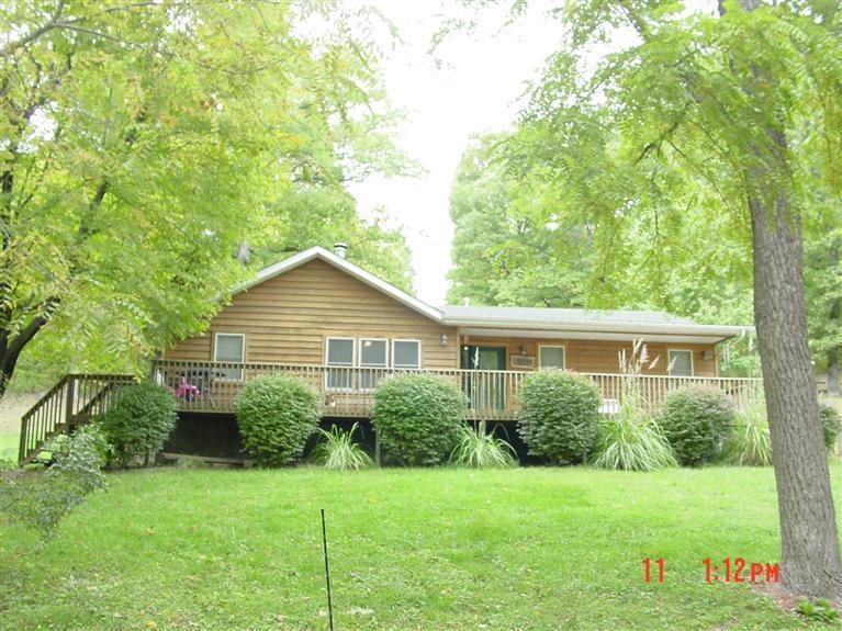 197  Log Cabin Crane, MO 65633
