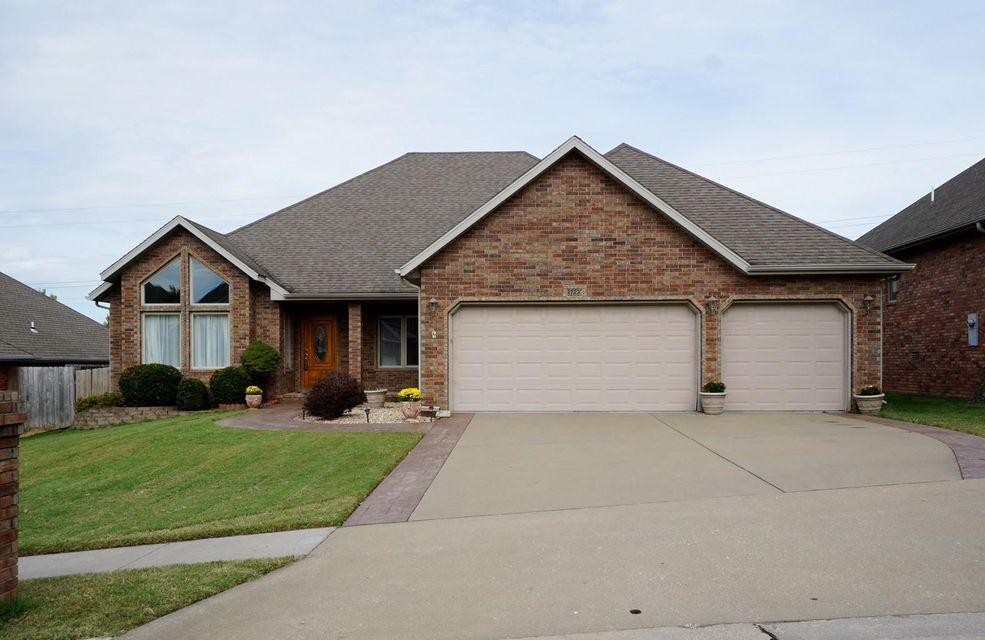 3223  Fox Grape Street Springfield, MO 65804