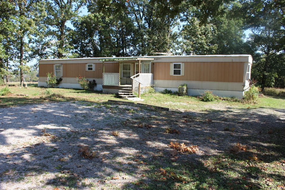 1136  Country Trails Road Conway, MO 65632