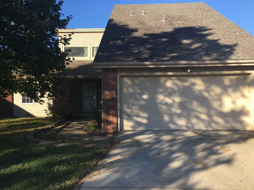1842 W Winchester Street, Springfield, MO 65807