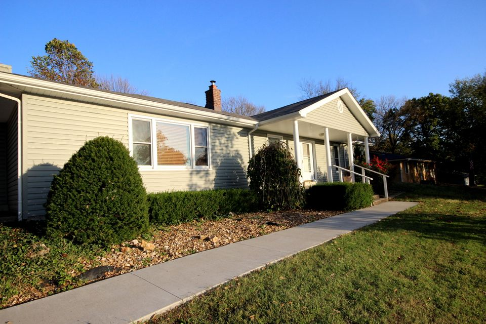 1802 North 16Th Street Ozark, MO 65721