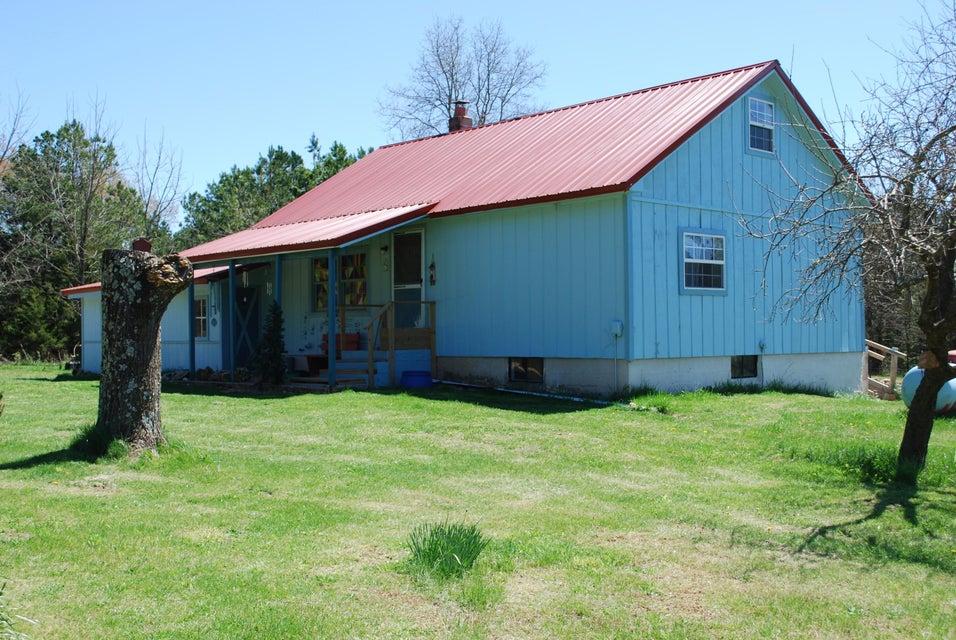 19799  Wildwood Drive Raymondville, MO 65555