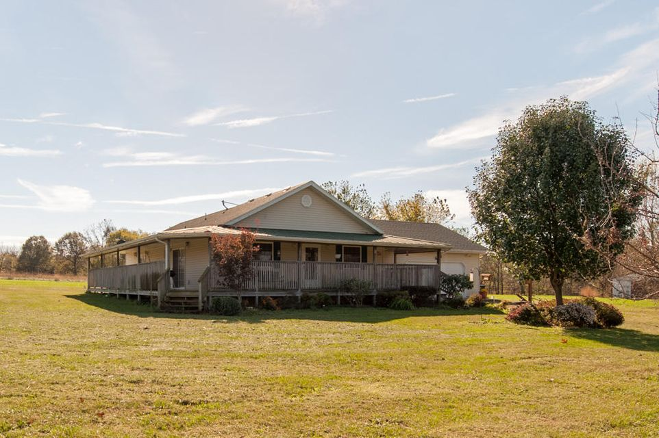 2896  Long State Hwy Y Conway, MO 65632