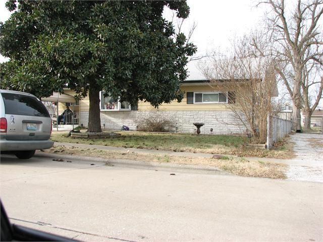 611 North Warren Avenue Springfield, MO 65802