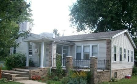 1054 East Cherokee Street Springfield, MO 65807