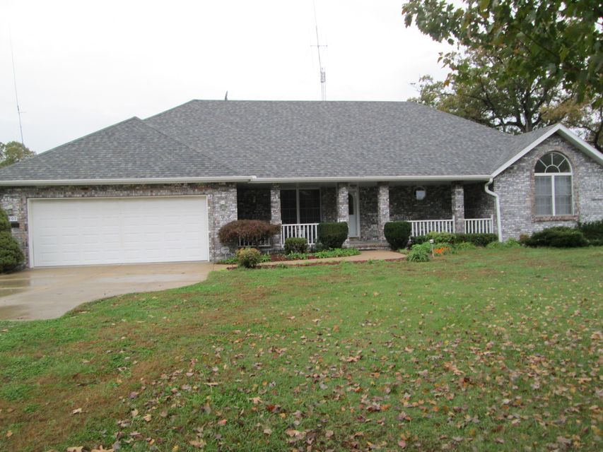 7407 North Farm Road 203 Strafford, MO 65757