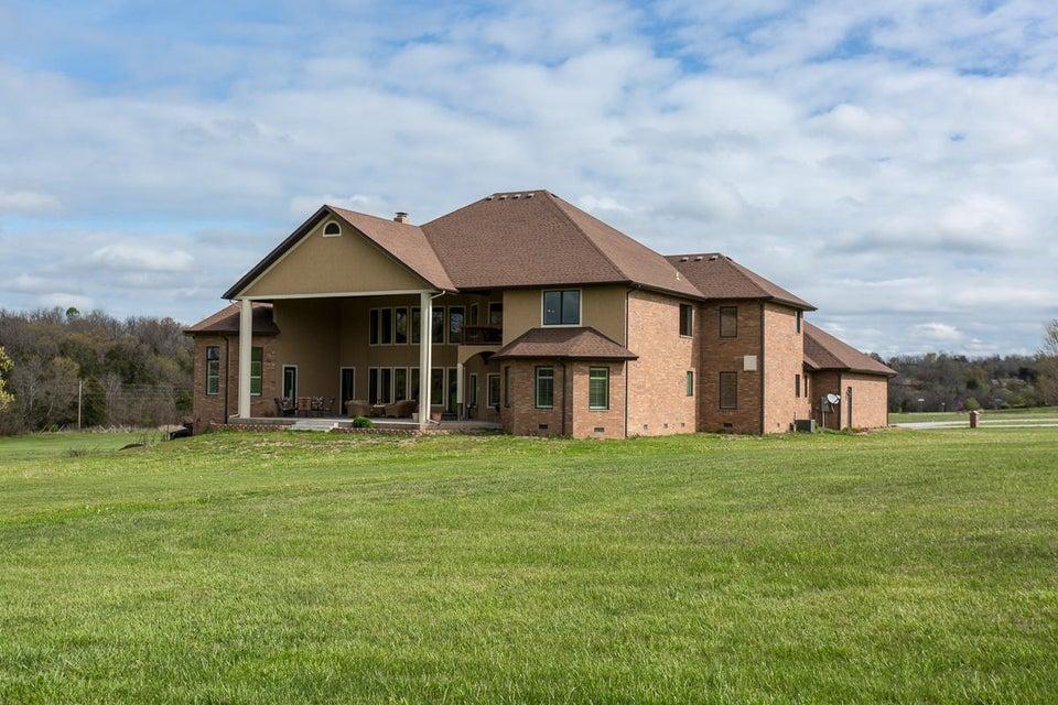 7512 West Turkey Hatch Lane Willard, MO 65781
