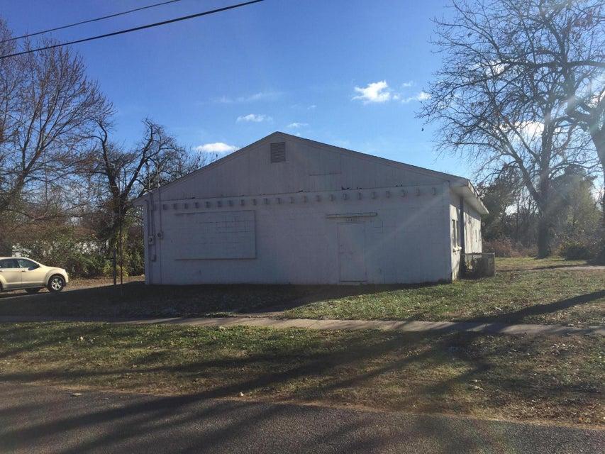1340 East Thoman Street Springfield, MO 65803
