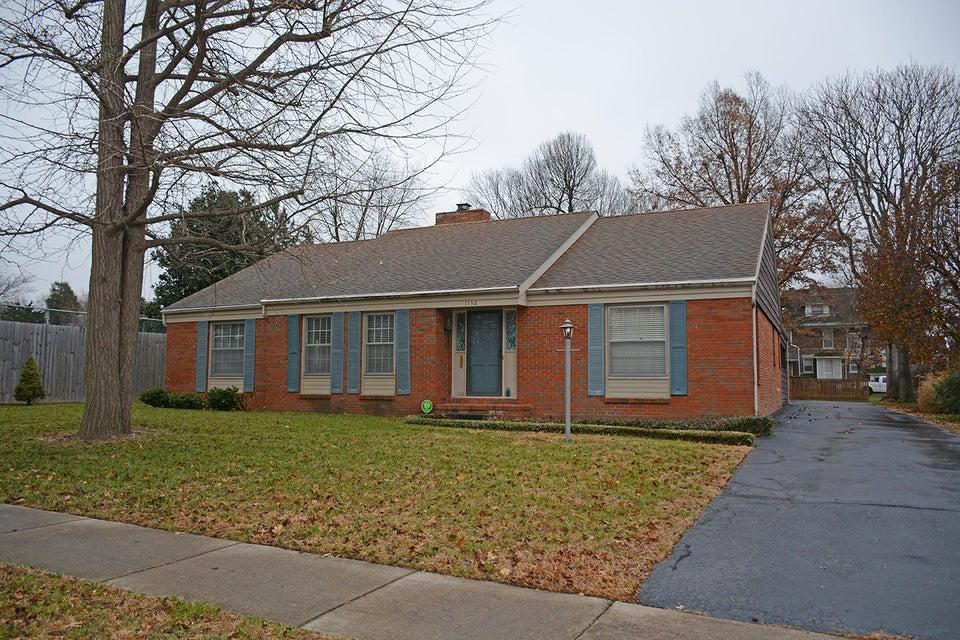 1152 S Fremont Avenue, Springfield, MO 65804