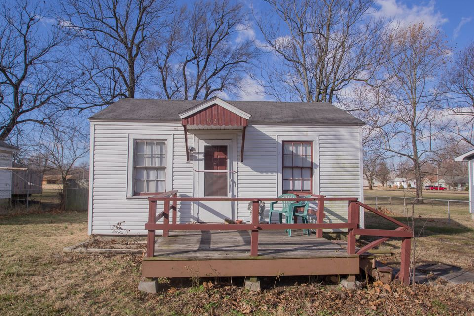 921 North Lexington Avenue Springfield, MO 65802
