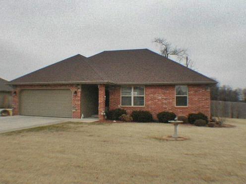 211  Pheasant Lane Willard, MO 65781