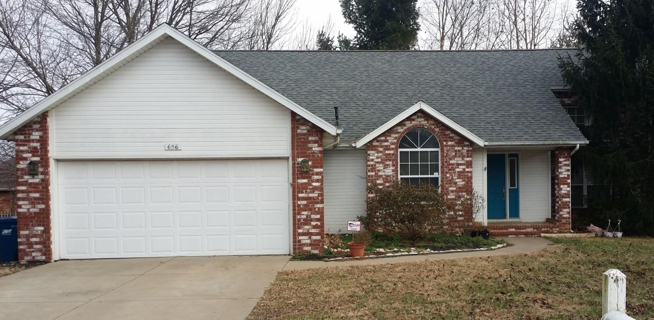 656 South Troy Place Springfield, MO 65802